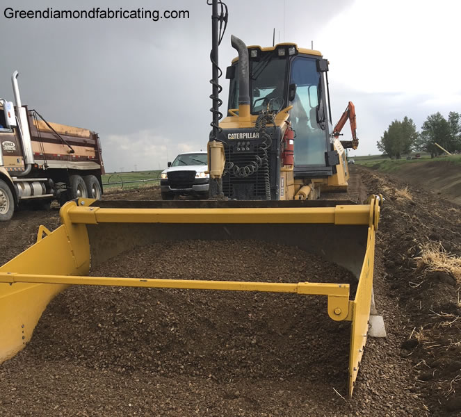 dozer spreader box for caterpillar