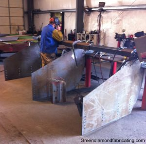 fabricating spreader boxes for bulldozers