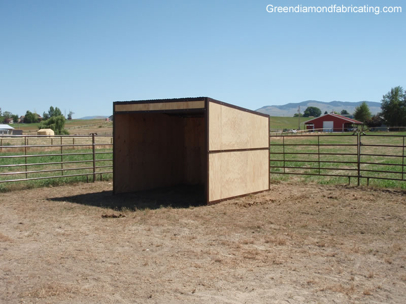 horse loafing shed kits
