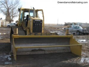 cat dozer spreader box